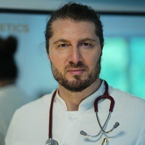 Dr. med. Altintas