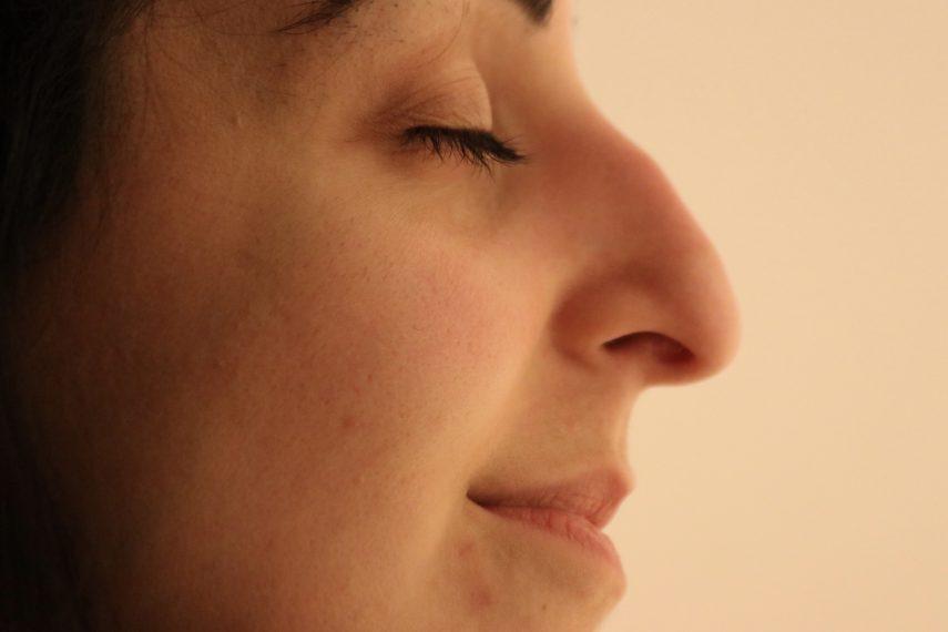 Nasenkorrektur ohne op hakennase höckernase korrigieren